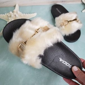 NEW Soda Furry Slip On Slide Sandals